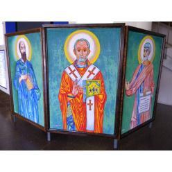 В Днепре стартовала выставка бисерных работ Александра Костыри