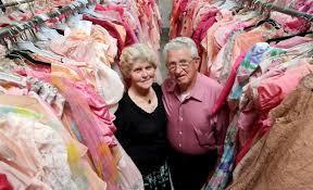 Пол Брокман собрал коллекцию из 55 000 платьев для своей жены