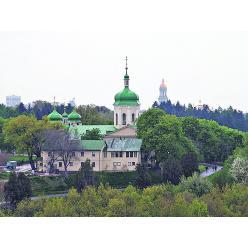 В Киеве на Подоле нашли таможню, дорогу и загадочный погреб