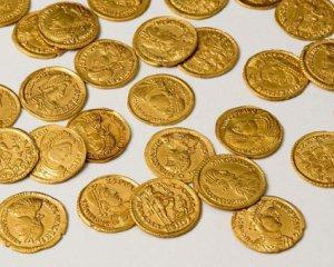 В Нидерландах нашли в саду золотые римские монеты