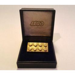 Кирпичик LEGO продан за рекордную сумму