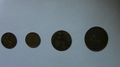 В Сумской области таможеннки задержали контрабанду старинных монет