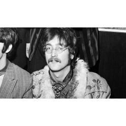 """Эскиз Джона Леннона для альбома """"Sgt.Pepper"""" стал основным лотом на торгах"""