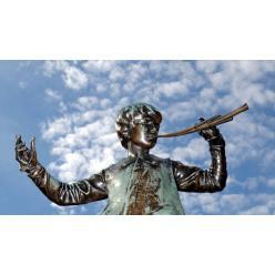 Редкая бронзоовая статуэтка Питера Пэна выставлена на торги