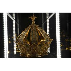 Во Франции из музея похитили корону Богоматери