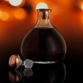 Редкий 50-летний виски Macallan оказался в топе лотов на Bonhams