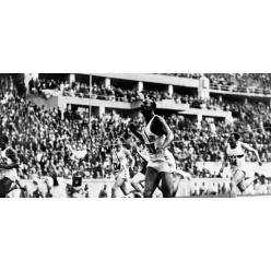 Две золотые медали Джесси Оуэнса с Олимпиады 1936 года представлены на торги