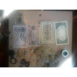 Из зоны АТО гражданин пытался провезти старинные часы, монеты и купюры