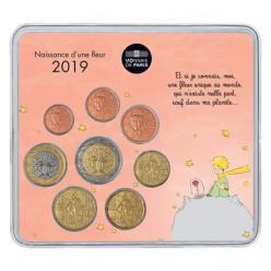 Франция выпустила подарочные наборы монет
