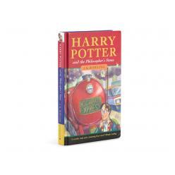   На аукціоні в Лондоні книга про Гаррі Поттера була продана за $ 90 659