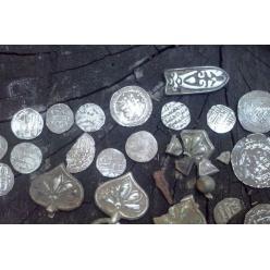 В Сумской области обнаружен клад из древних арабских монет