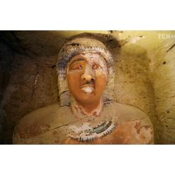   В Египте выявили нетронутое захоронение древнего жреца