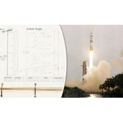 """На аукцион выставлен журнал полета миссии """"Аполлон-13"""""""