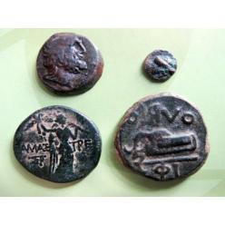 В Сумах областному музею передали конфискованные артефакты