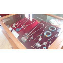 Во Львове открылась выставка ювелирных изделий китайской имперской династии