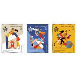 Трогательные марки с идеальной семьей выпущены в Сан-Марино