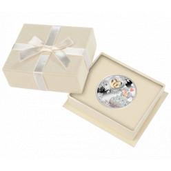  В Польше представили свадебную монету-талисман