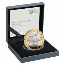 На британской монете изображен вертолет Sea King