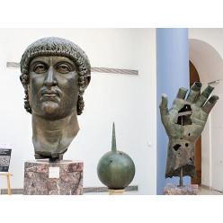 В Лувре выявлена часть экспоната статуи IV века