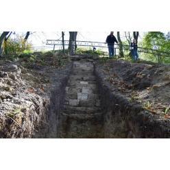 Во Львове археологами обнаружен фрагмент стены XIV века