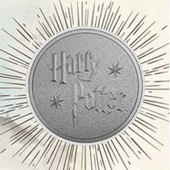 Нумизматическая новинка Royal Mint посвящена Школе волшебства, в которой учились герои книги «Гарри Поттер»