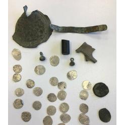 В пассажирском автобусе обнаружены древние монеты