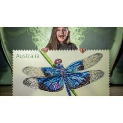 В Австралии выпустили почтовые марки со стрекозами