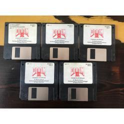 Оригинальный набор дискет с «DOOM 2» выставлен на eBay