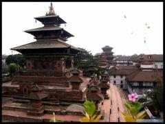 Банкноты с измененным дизайном эмитирует Непал