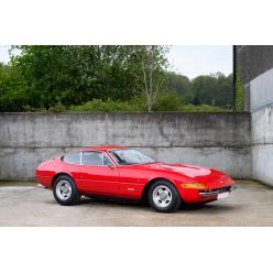 Ferrari, некогда принадлежавший Элтону Джону, оказался на аукционе