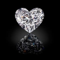Изготовлен самый крупный бриллиант в форме сердца