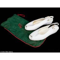 Туфли принцессы Дианы выставлены за 500 фунтов стерлингов