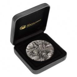 В Австралии представили первую монету из серии «Война»