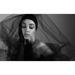 Выставка фотографа Анны Шайдеманн открылась в Национальной опере Украины