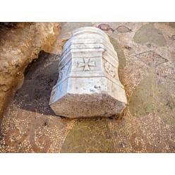 Уникальные 1500-летние мозаики обнаружили археологи на Святой земле