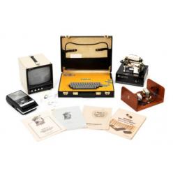 На аукцион Christie's выставлен первый компьютер Apple