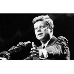 Плавки Кеннеди ушли с молотка за $5 300