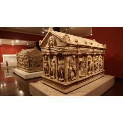 Музею Турции вернули саркофаг