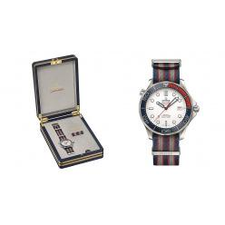 Аукционный дом Christie's выставил на торги непростые часы