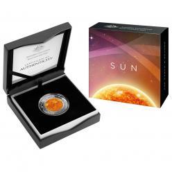 В Австралии выпущена цветная куполообразная монета, посвященная Солнцу