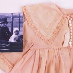 На аукцион в Ист-Сассексе выставлены куклы принцессы Елизаветы