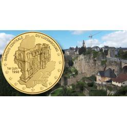 В Люксембурге представлена золотая монета в честь основания Центрального банка