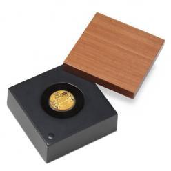 В Перте отчеканена памятная монета в честь королевской свадьбы