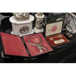 В Аргентине обнаружили огромный тайник нацистской символики