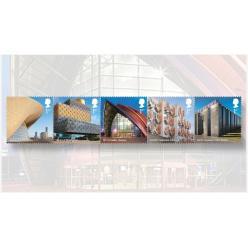 В Великобритании выпустили почтовые марки с узнаваемыми зданиями страны