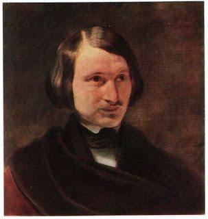 . На портрете 1840 года Гоголь, картинно закутавшийся в плащ, изображен в полупрофиль.