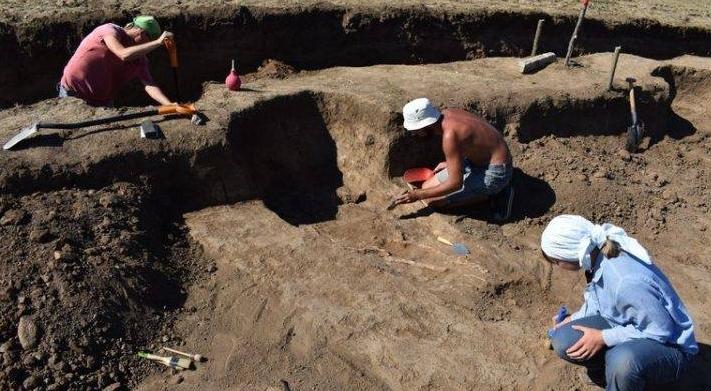 Арабатська археологічна експедиція – 2018