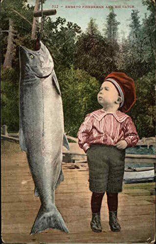 Открытка «Маленький рыбак и его улов» 1908 года